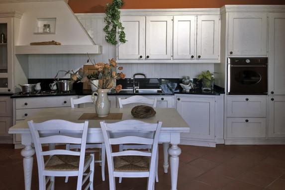 Cucina Completa Tavolo E Sedie.Arredo Casa Palmieri Arredamenti Mobili A Reggio Emilia Cucine